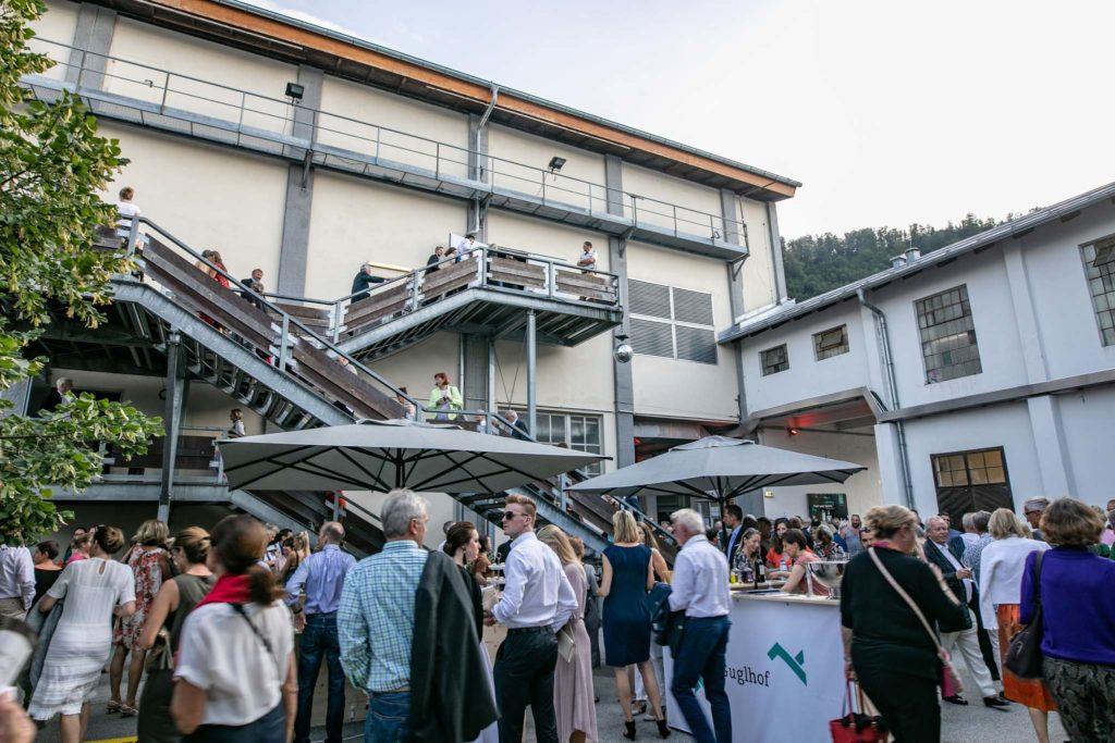tvb-hallein-duerrnberg-erleben-kultur-festspiele-pernerinsel-festspielgebaeude