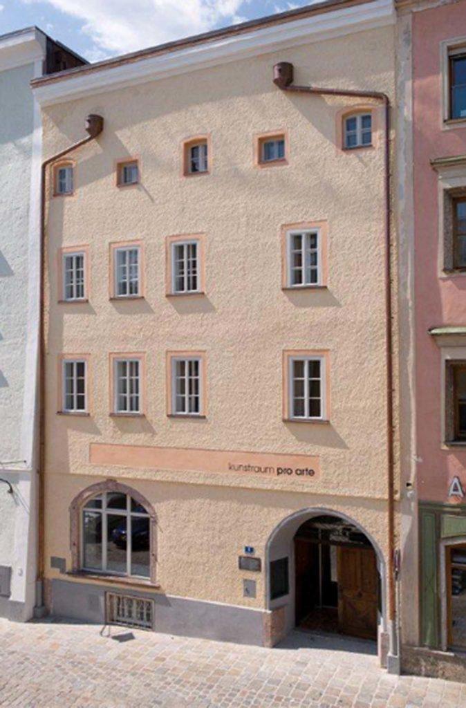 tvb-hallein-duerrnberg-erleben-kultur-galerie-pro-arte-gebaeude