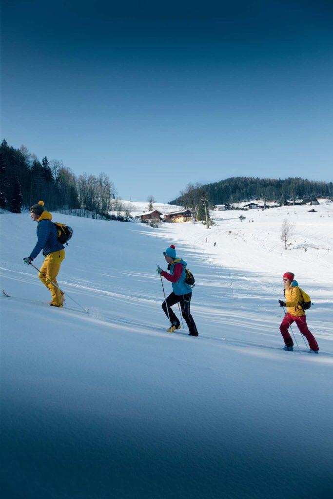 tvb-hallein-duerrnberg-erleben-duerrnberg-skitouren-zinkenstueberl-gruppe-tourengehen