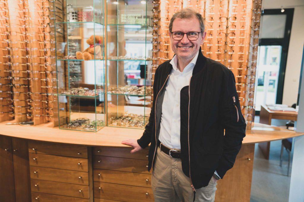 tvb-hallein-duerrnberg-erleben-shopping-brillenbinder-geschaeft-innen
