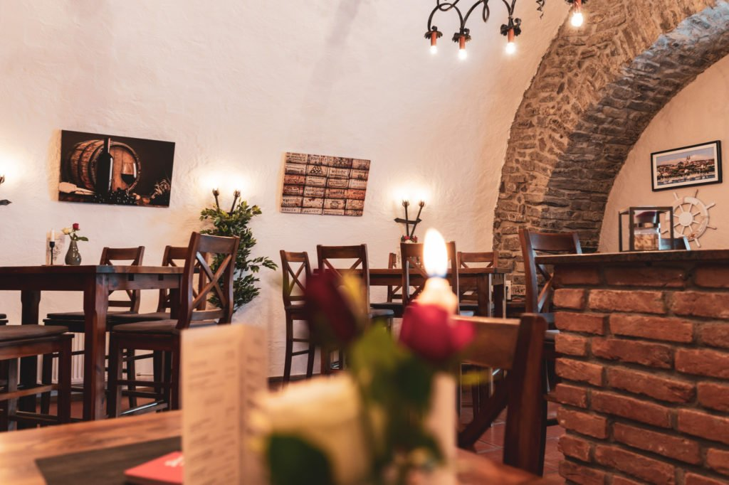 tvb-hallein-duerrnberg-erleben-shopping-danijels-restaurant-innen-detail