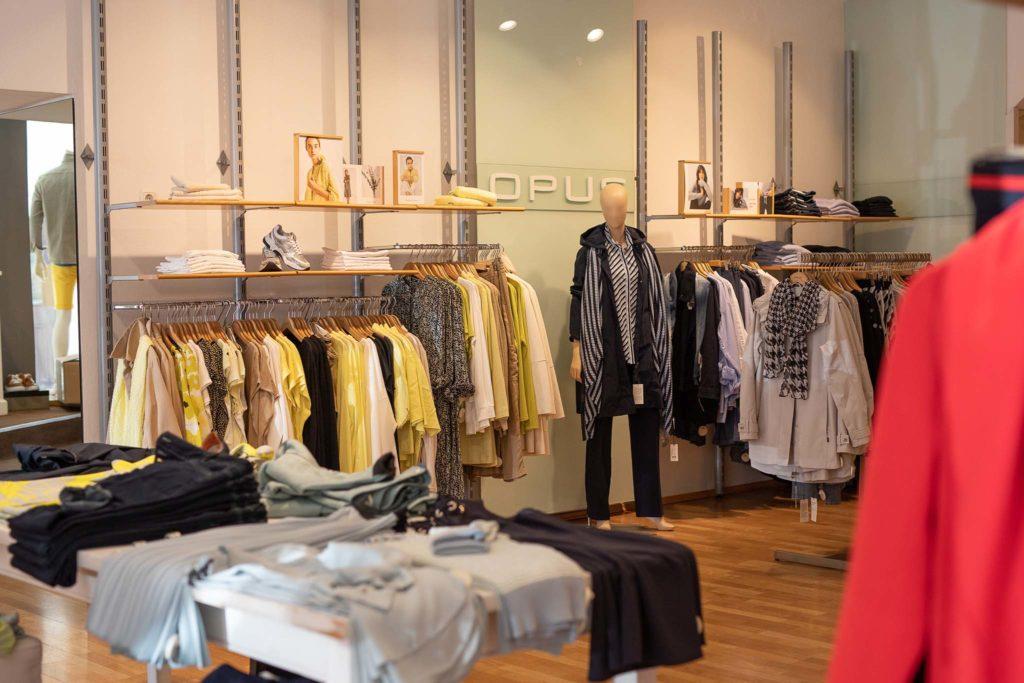 tvb-hallein-duerrnberg-erleben-shopping-ganzer-moden-jacken-und-maentel