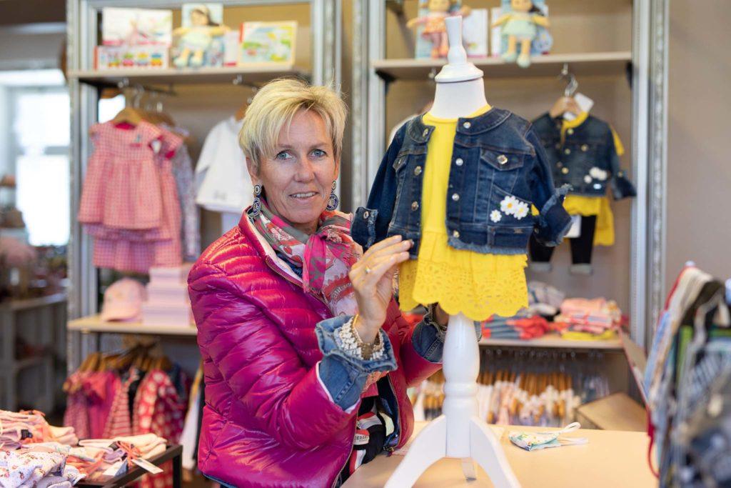 tvb-hallein-duerrnberg-erleben-shopping-piccolino-kindermode-inhaberin