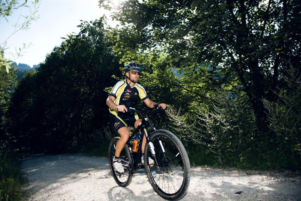 tvb-hallein-duerrnberg-erleben-truckenthannalm-mountainbiken-asphalt