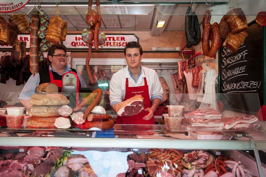 tvb-hallein-duerrnberg-genießen-halleiner-gruenmarkt-fleischwaren