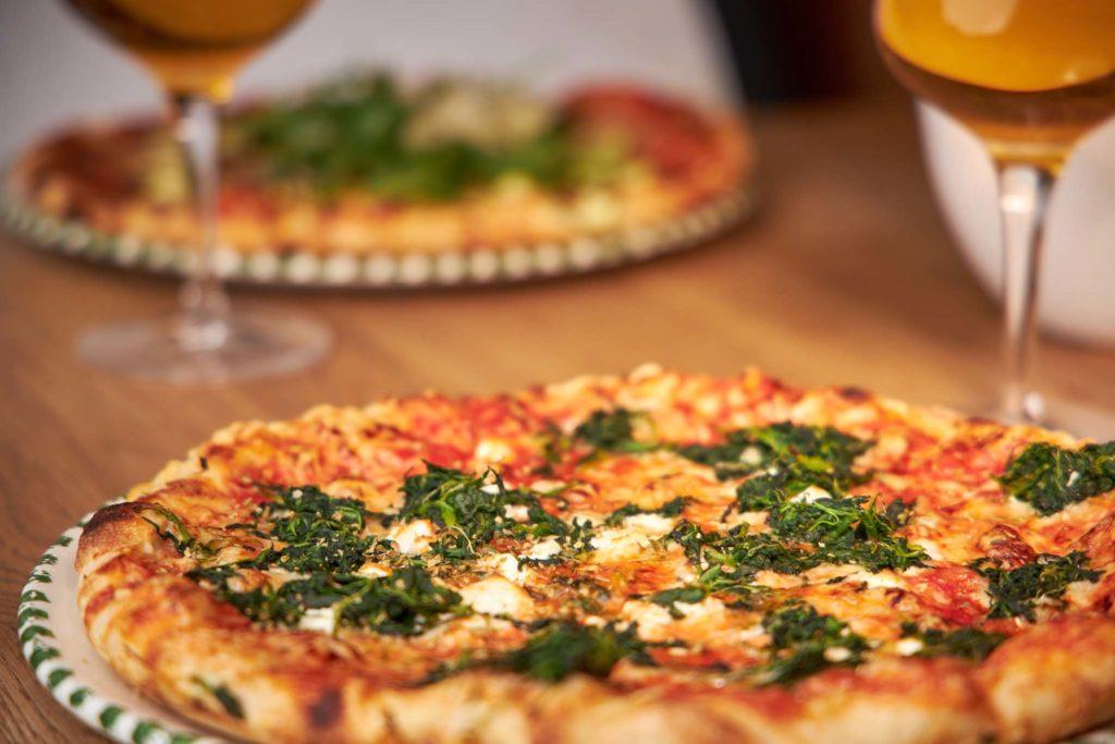 tvb-hallein-duerrnberg-genießen-pizzeria-bella-palma-pizza