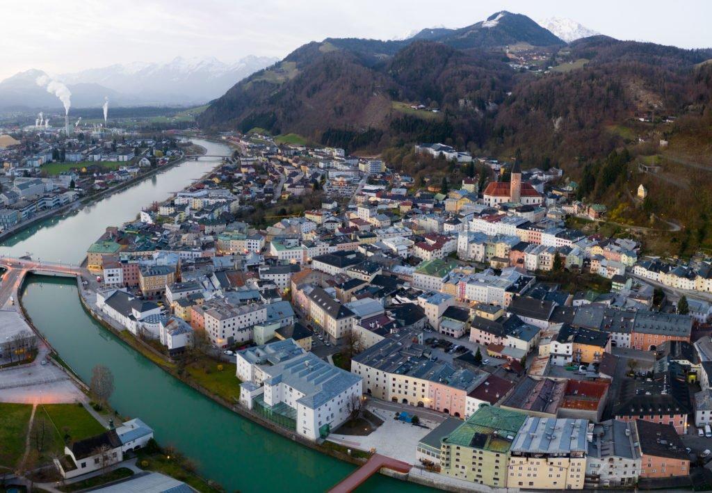 tvb-hallein-duerrnberg-historische-altstadt-drohne