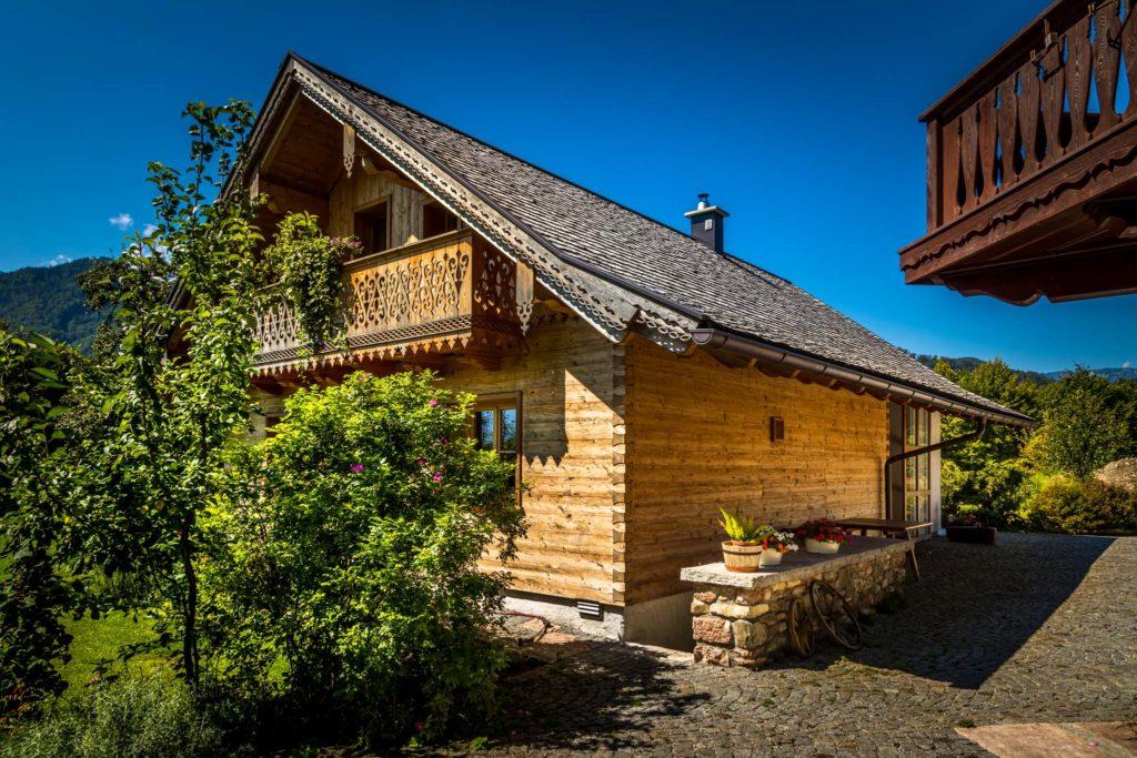 tvb-hallein-duerrnberg-unterkunft-bauernbraeugut-aussenbereich-haus