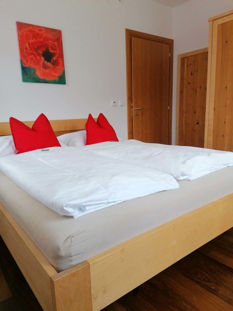 tvb-hallein-duerrnberg-unterkunft-bauernbraeugut-doppelzimmer-innen
