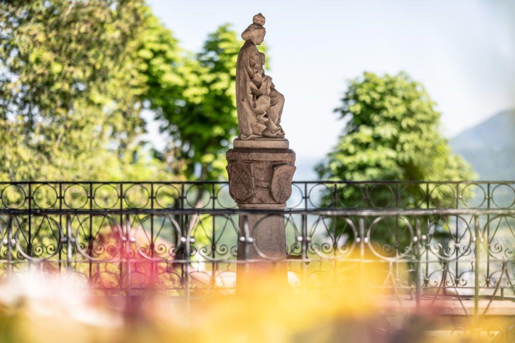 tvb-hallein-duerrnberg-erleben-sehenswuerdigkeiten-liebfrauenbruendl-detail-statue