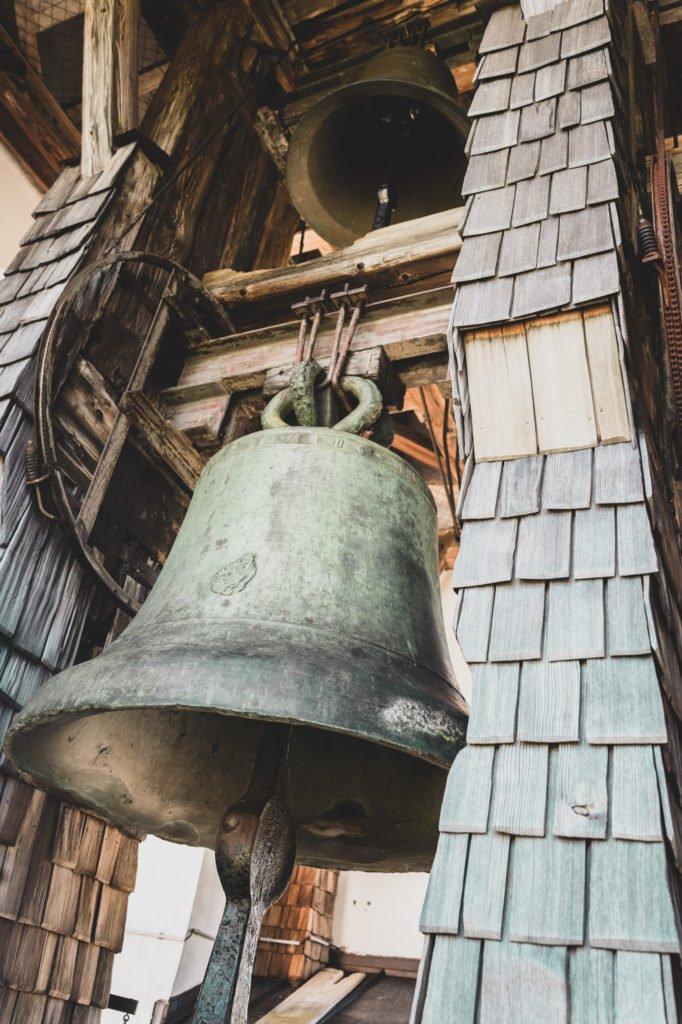 tvb-hallein-duerrnberg-erleben-sehenswuerdigkeiten-wallfahrtskirche-duerrnberg-glocke