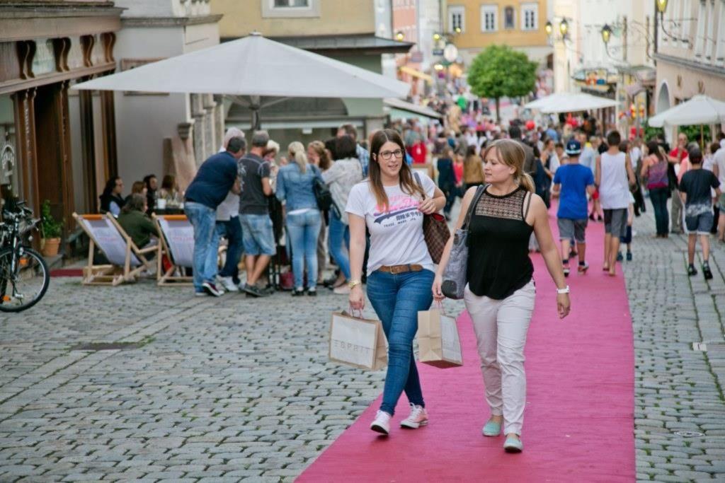 tvb-hallein-duerrnberg-shoppen-moonlight-shopping-18