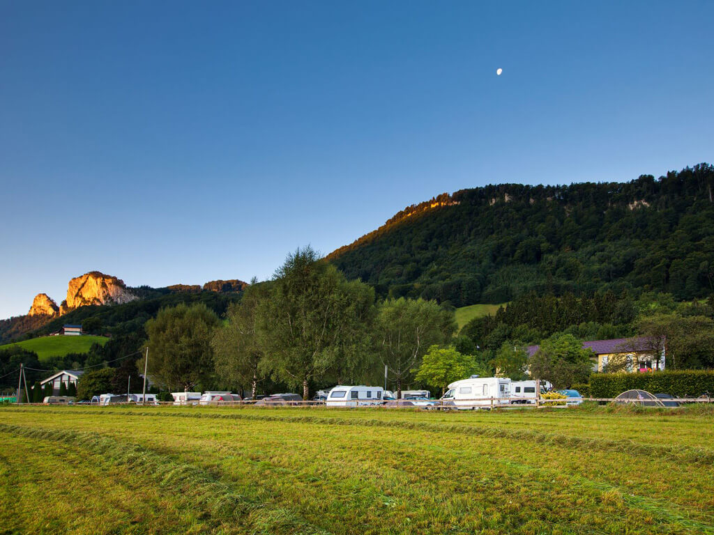tvb-hallein-duerrnberg-unterkunft-auwirt-camping-barmsteine